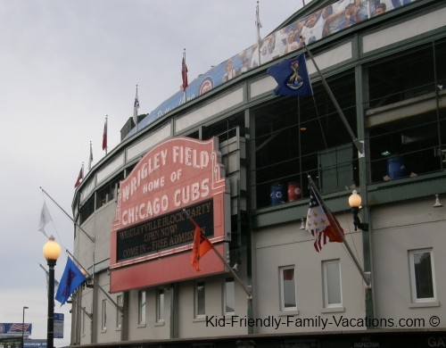 things to do in chicago wrigley field