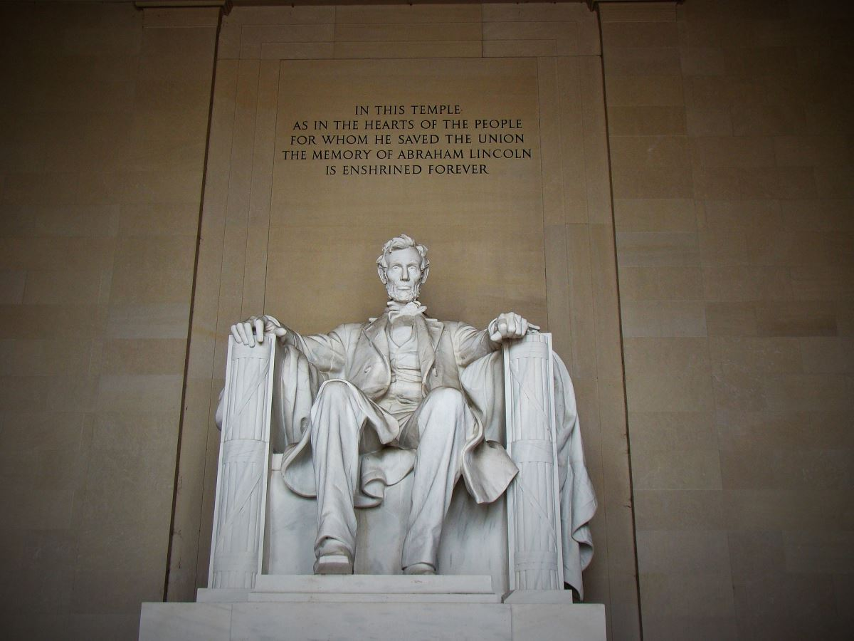 Lincoln Memorial Washington Dc A Majestic Portrayal