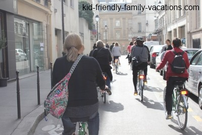 things to do in paris bike tour