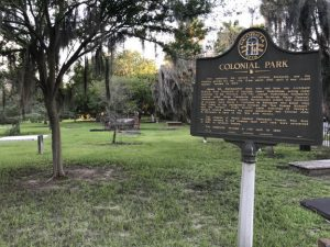 colonial park sign